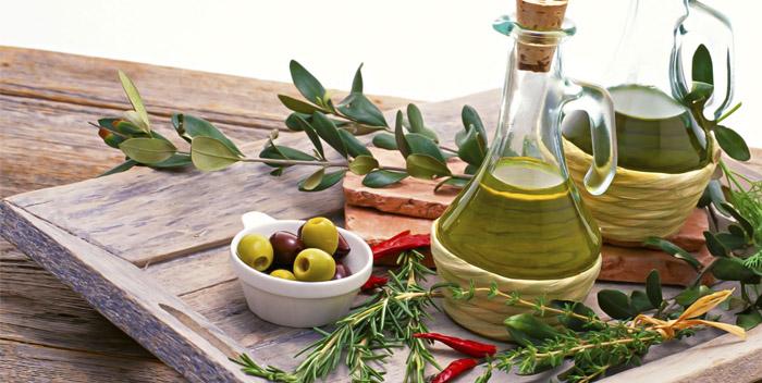 Оливковое масло: 20 полезных и 12 вредных свойств