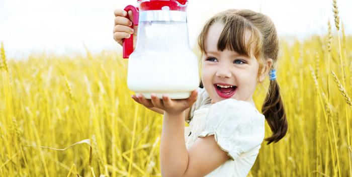 Какое молоко сегодня предлагают пить российским жителям?