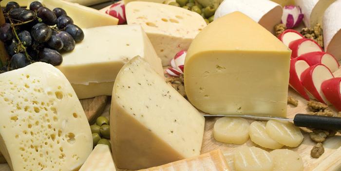 Польза и вред голландского сыра