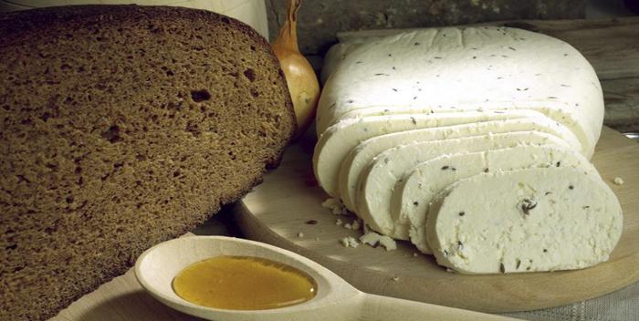 Польза и вред козьего сыра