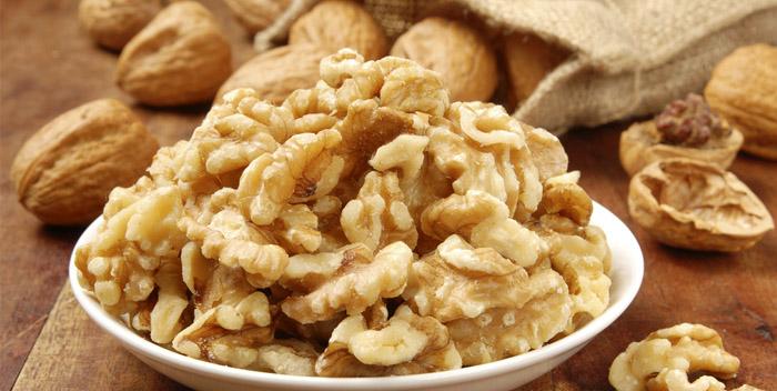 Грецкий орех снижает вес и борется со старостью