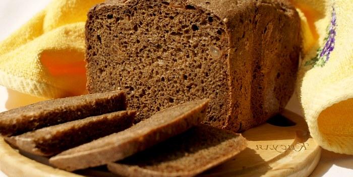 Как и где правильно хранить черный хлеб?