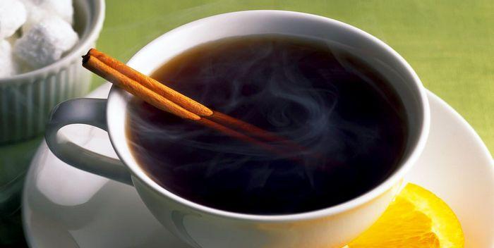 Три чашки чая в день на треть снижают риск переломов у пожилых людей