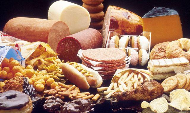 Запор из-за неправильного питания