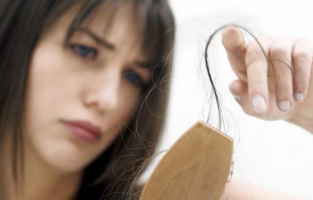 Эффективность витамина Е для роста и от выпадения волос