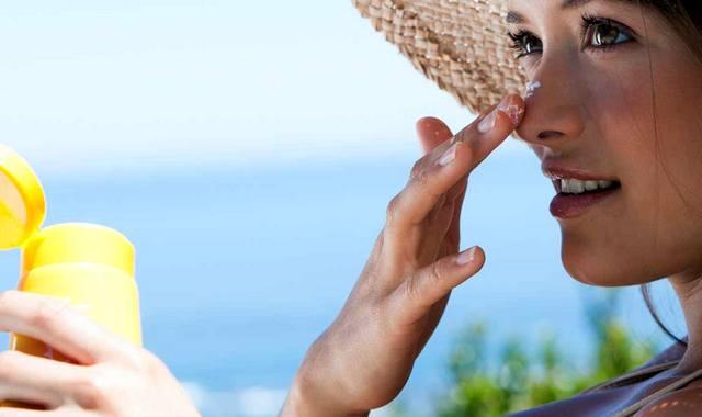 Защита лица кремом