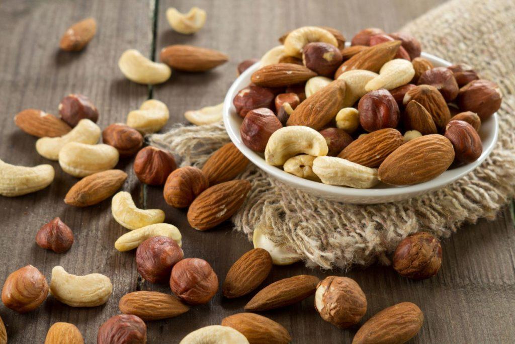 Бобовые, орехи, семечки