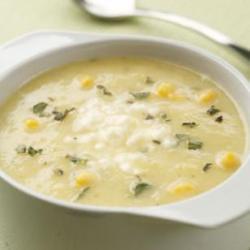 Золотистый летний суп из кабачка и кукурузы