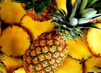 Спелые ананасы